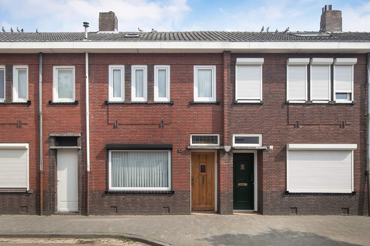 Christiaan Huijgensstraat 32    5025 EE Tilburg